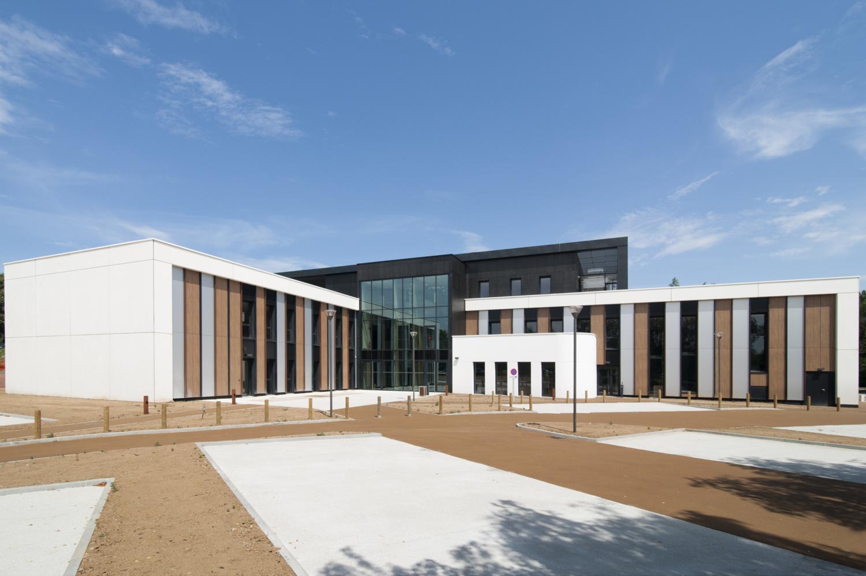 ECOLE E2SE MANAGEMENT Business School Caen Normandie IRFA FORMATION COLINE AUX OISEAUX EXO ARCHITECTES JOACHIM ENGELHARD VANINA VARIN BAYEUX CAEN CALVADOS NORMANDIE